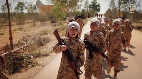 Bambini soldato Isis.jpg