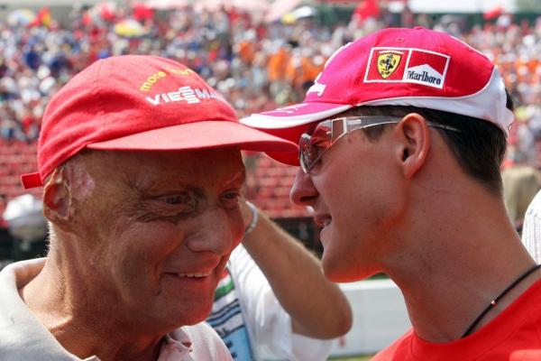 Michael Schumacher con Niki Lauda