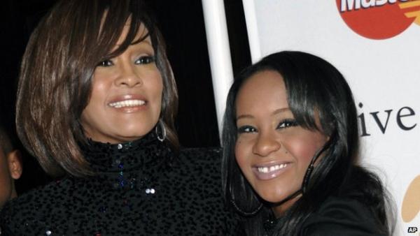 Bobbi Kristina Brown con sua madre Whitney Houston
