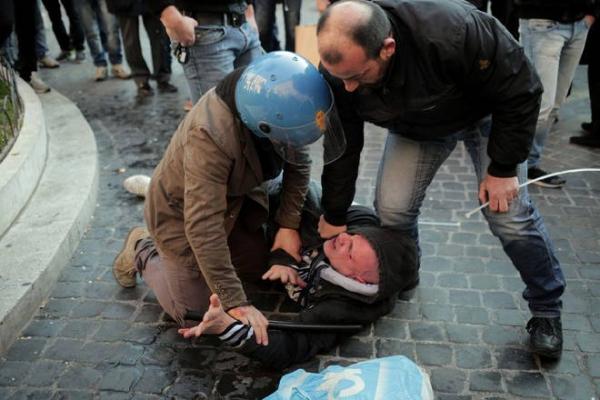 Arresti tra gli ultras del Feyenoord