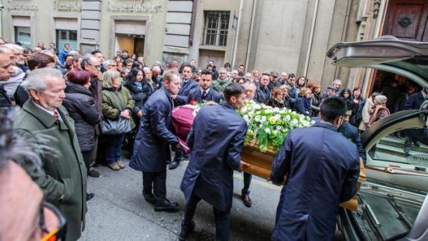 I funerali di Stefano.jpg