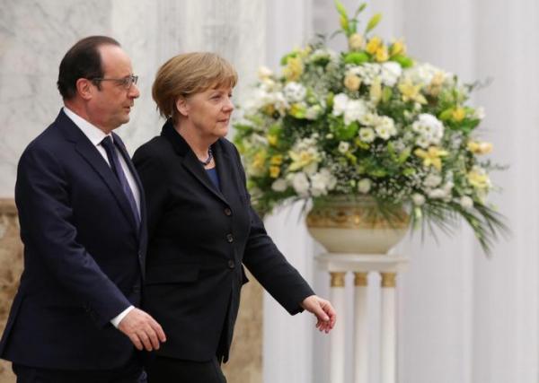 Hollande e Merkel a Minsk
