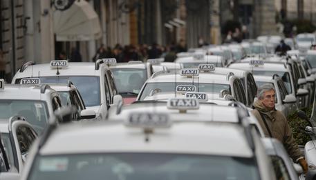 La protesta taxisti contro Uber