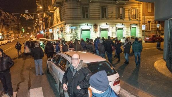 La protesta dei taxisti contro Uber 6