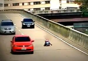 Un fotogramma del video