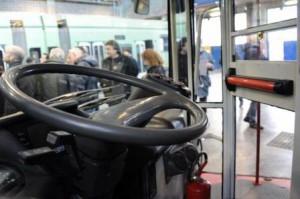 Bus-con-cabina-anti-aggressione_full