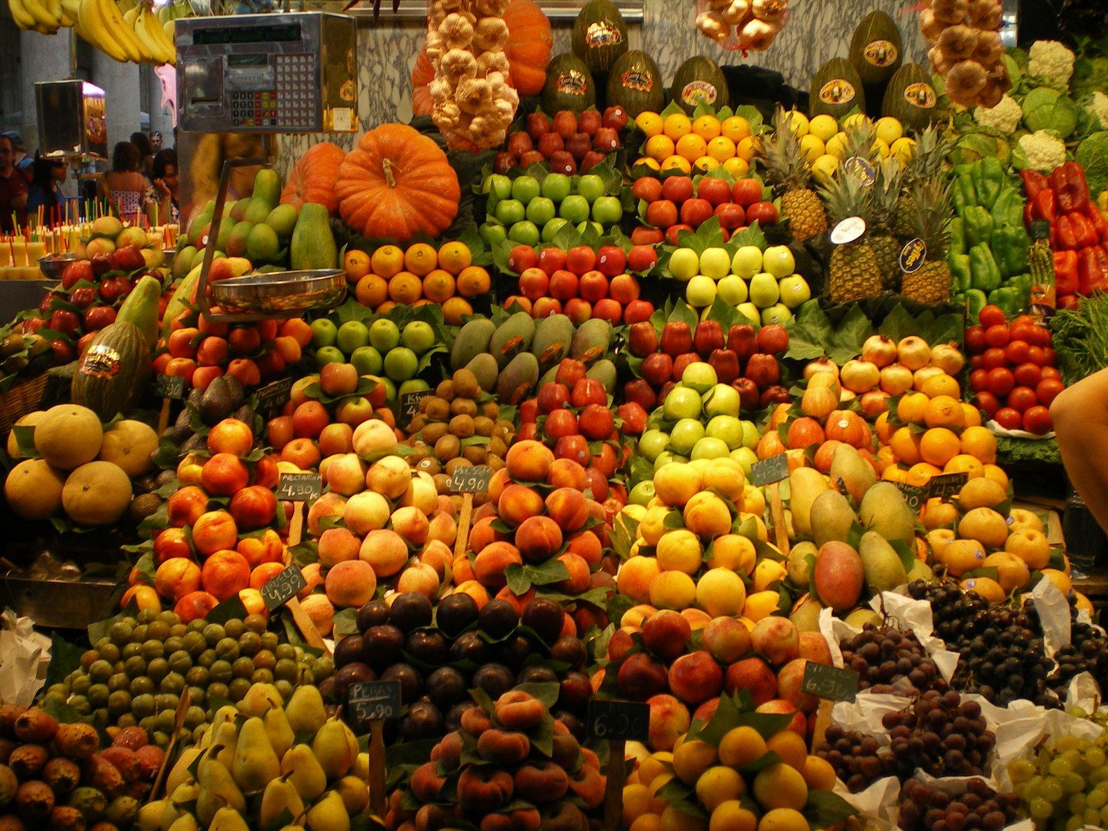 Allerta cibo prodotti pericolosi ritirati dal mercato - Immagine di frutta e verdura ...