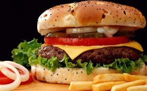 mangiare-spesso-al-fast-food-aumenta-le-allergie-26626