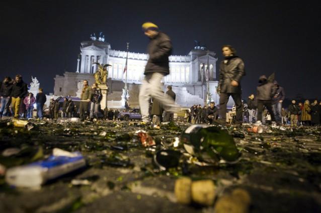 Vittime del capodanno 2 morti e 361 feriti di cui ben 92 for Interno 2 saluzzo capodanno