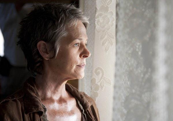 """Melissa Suzanne McBride è Carol, al centro del 14esimo episodio di """"The Walking Dead"""""""