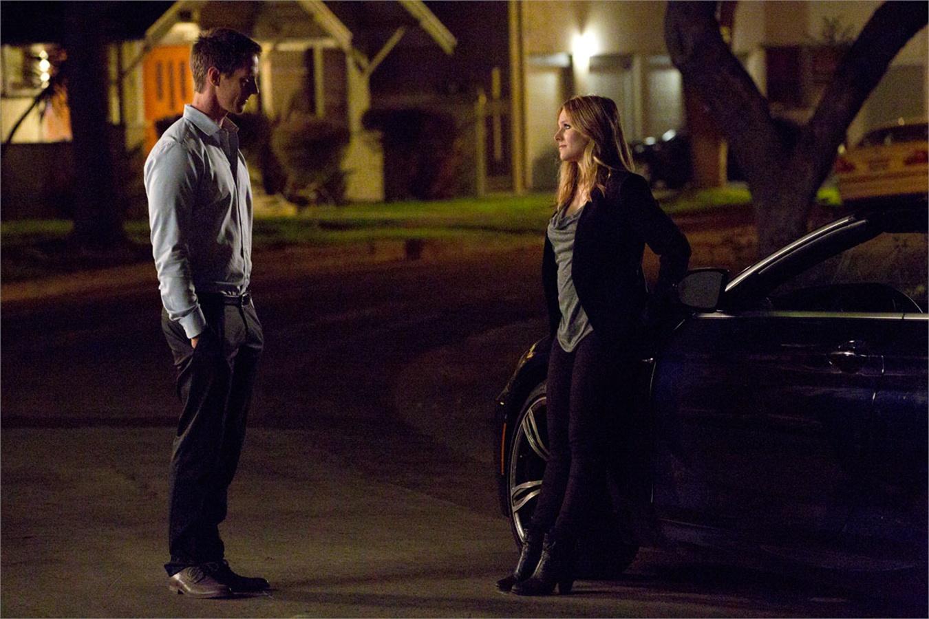 """Kristen Bell e Jason Dohring in una scena di """"Veronica Mars-Il film"""""""