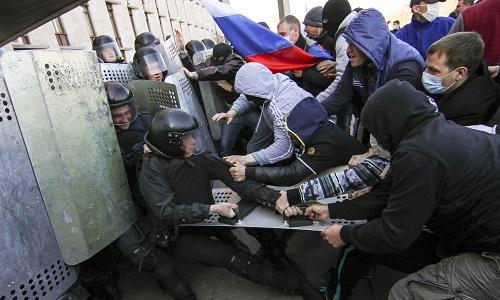 Scontri a Donetsk