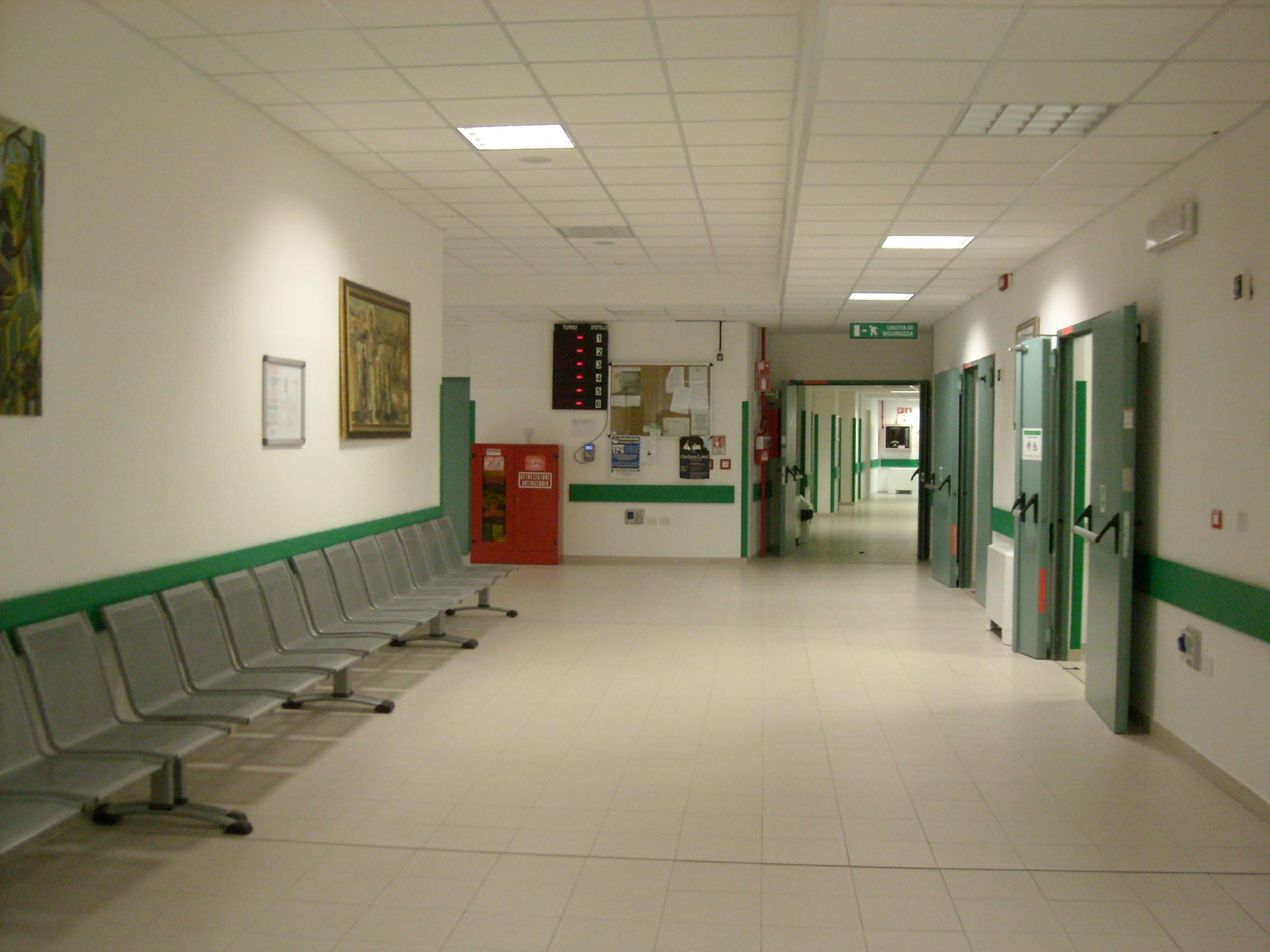 Italia choc: pazienti costretti a curarsi in ospedali ...