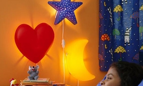 Ritiro lampade ikea allarme per i bimbi rischiano di for Lampade da parete ikea