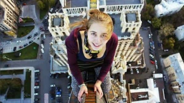 L' ultimo selfie della 17enne Xenia Ignatyeva