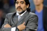 Diego Armando Maradona ubriaco picchia fidanzata: il video choc