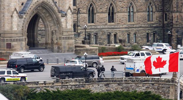Canada attentato al parlamento morti un soldato e l for Parlamento ieri