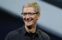"""Tim Cook, CEO Apple, fa coming out: """"Essere gay è un dono di Dio"""""""