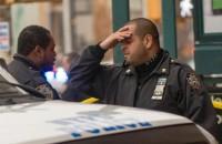 """New York, uccisi due poliziotti in strada: """"Vendetta per la morte di Michael ed Eric"""""""