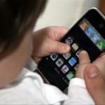 bambini cellulare smartphone
