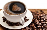"""Il caffè aiuta il cuore: """"Bere 5 tazzine ci protegge dagli infarti"""""""