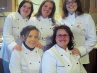La squadra alla conquista del tiolo per la torta piu grande del mondo