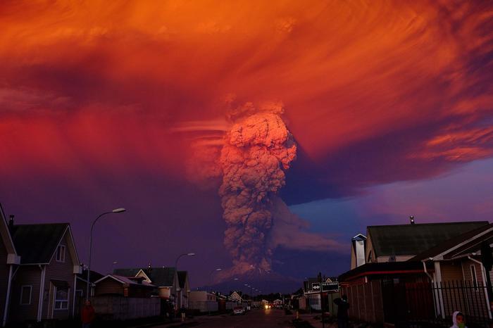 Eruzione vulcano in Cile