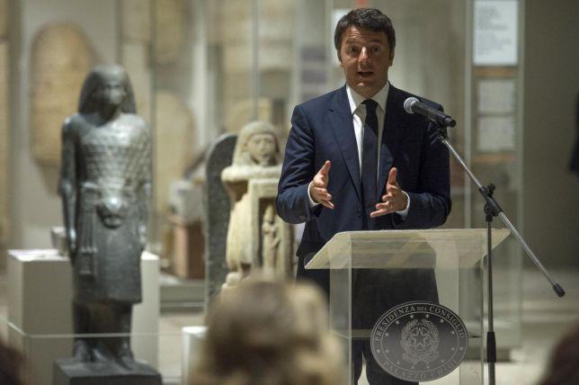 Renzi parla di un'Italia che si sta riprendendo