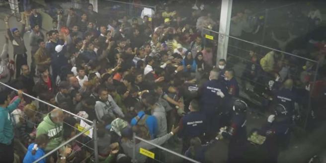 Migranti Ungheria