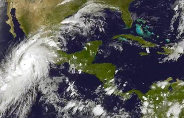 Uragano Patricia.