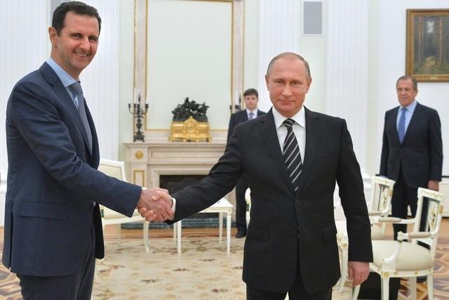 Putin criticato per il benvenuto ad Assad