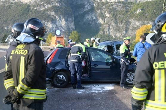 Scontro frontale mortale a Trento