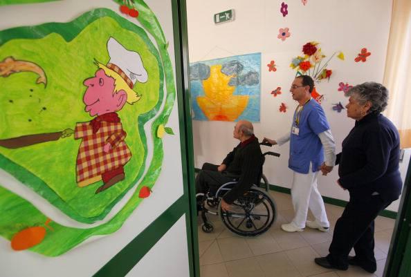 anziani in casa di riposo