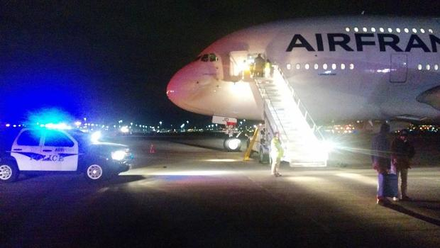 Allarme bomba su due aerei Air France diretti a Parigi