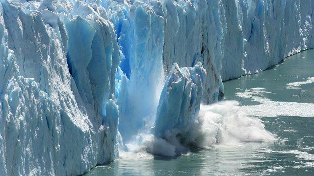 Allarme scioglimento ghiacciaio in Groenlandia