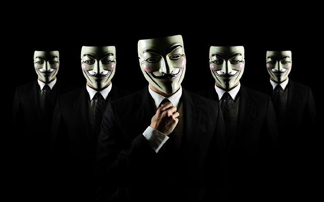 Anonymous rivela numeri e mail Ku Klux Klan