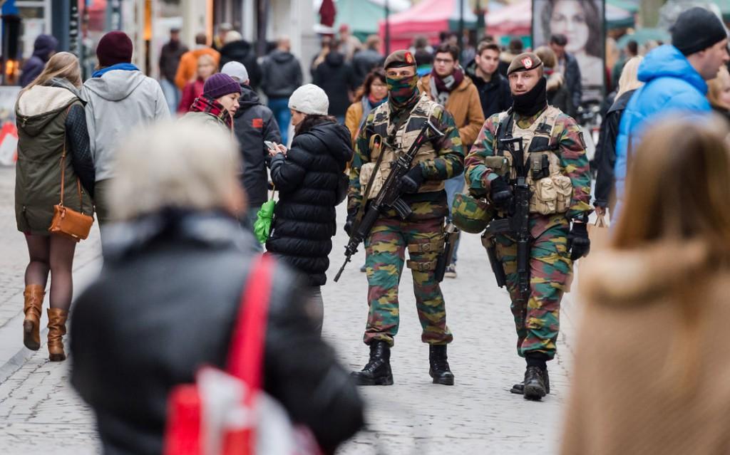 Bruxelles blindata, allerta terrorismo