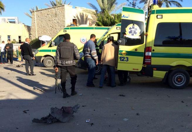 Isis rivendica l'attentato a un hotel nel Sinai