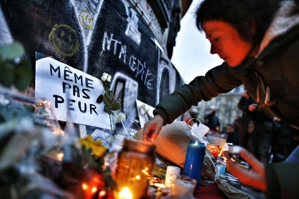 Continua l'inchiesta sugli attentati di Parigi