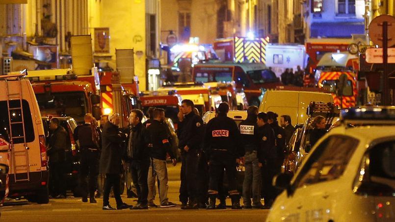 Due italiani feriti nell'attentato al Bataclan di Parigi