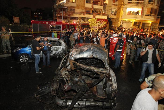 Duplice attentato terroristico a Beirut