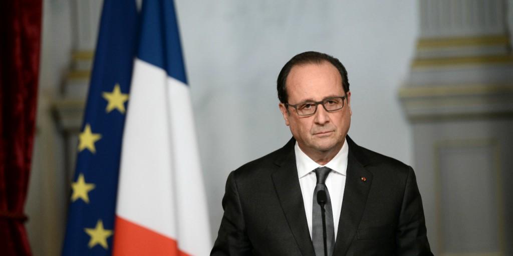 Hollande annuncia l'assenza al G20