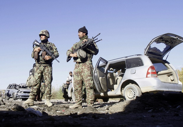Kamikaze contro funzionario a Kabul