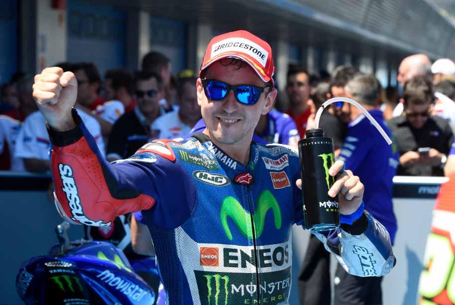 Lorenzo vince su Rossi