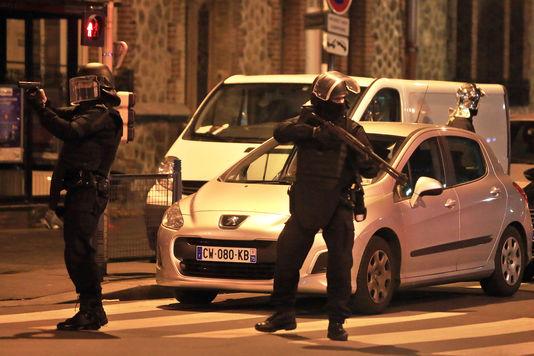 Operazione antiterrorista a Saint-Denis