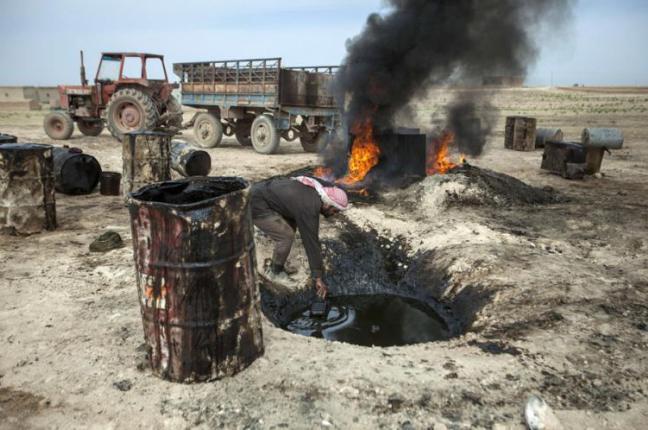 Petrolio, la prima fonte di guadagno per l'Isis