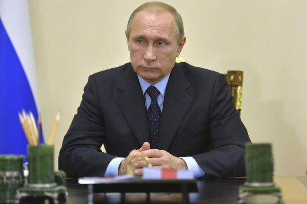 Russia chiede a Putin di usare la bomba nucleare
