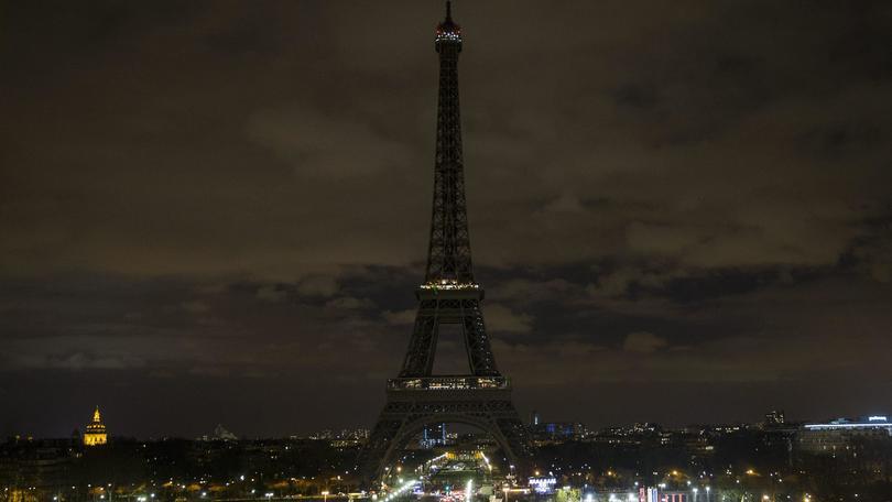 Lutto a Parigi