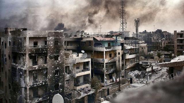 Amnesty denuncia e accusa bombardamenti russi