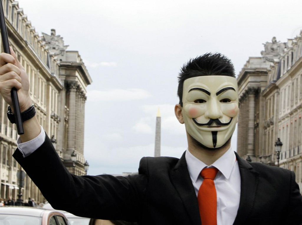 Anonymous annuncia trolling day contro Isis